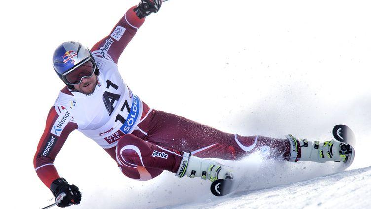 Aksel Lund Svindal domine la vitesse en ce début de saison (JOE KLAMAR / AFP)