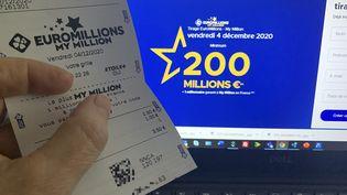 Un ticket d'EuroMillions, le 3 décembre 2020, à Clichy (Hauts-de-Seine). (MAXPPP)