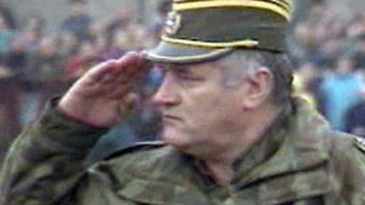 En 1995, les forces bosno-serbes étaient commandées par le général Ratko Mladic, toujours en cavale. (France 2)