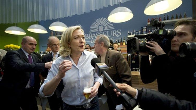 Marine Le Pen au Salon de l'agriculture (25 février 2011) (AFP/Miguel Medina)