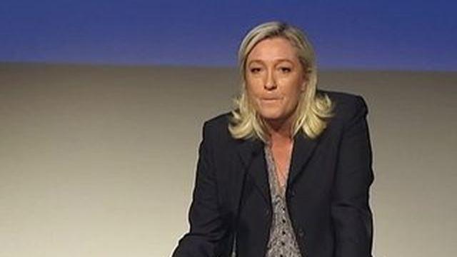 Marine Le Pen confirme sa candidature aux régionales