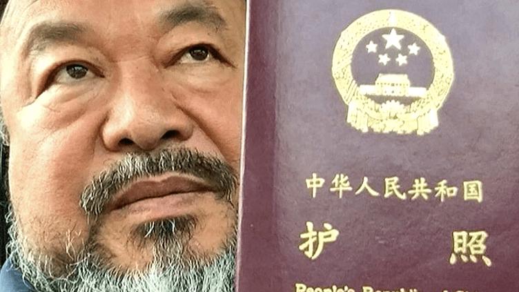 Ai Weiwei, l'artiste dissident chinois vit et crée aujourd'hui à Berlin  (France 2 / Culturebox)
