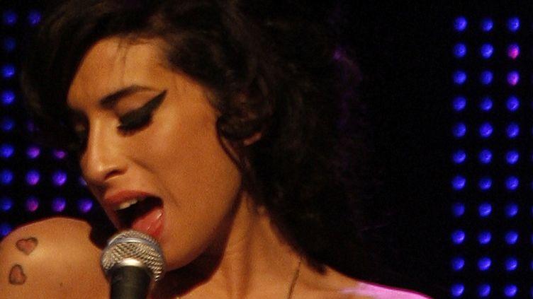 Amy Winehouse lors duMercury Music Prize en 2007 à Londres (Royaume-Uni). (KIERAN DOHERTY / REUTERS)
