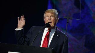 Donald Trump, candidat républicain à la Maison Blanche, lors d'un meeting à Edison (Etats-Unis), le 15 octobre 2016. (EVAN VUCCI / AP / SIPA)
