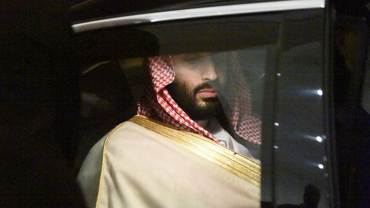 Le prince héritier d'Arabie saoudite, Mohammed ben Salmane, à Alger, le 2 décembre 2018. (RYAD KRAMDI / AFP)