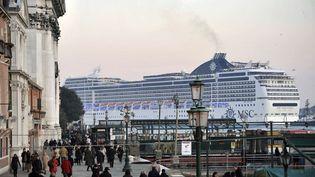 Chaque année, près de 25 millions de touristes viennent visiter Venise. (LUIGI COSTANTINI / AP / SIPA )