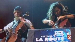 Yann Tiersen et les Dums Dums Girls font halte à La Route du Rock  (Culturebox)