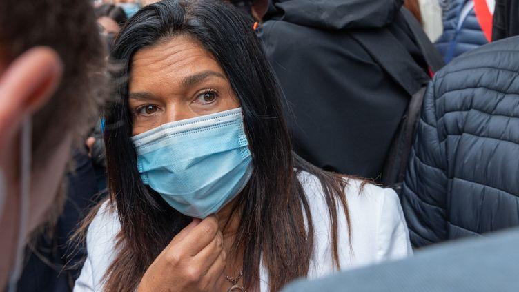 Samia Ghali, deuxième adjointe à la mairie deMarseille, lors d'une manifestation de restaurateurs dans la cité phocéenne, le 25 septembre2020. (PHILIPPE MAGONI/SIPA)