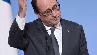 Le président de la Répbulique, François Hollande, lors d'un discours à l'Elysée, le 29 novembre 2016. (IAN LANGSDON/POOL / EPA/POOL)