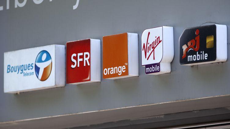 (Le marché de la téléphonie mobile est en pleine restructuration © REUTERS/Charles Platiau)