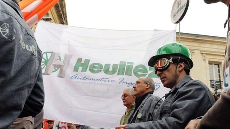 Manifestation de soutien aux salariés d'Heuliez le 14 avril 2009 à Niort (Deux-Sèvres) (AFP - Alain Jocard)