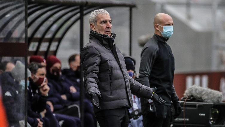 L'entraîneur du FC Nantes Raymond Domenech lors de la défaite de son équipe à Metz (2-0) en Ligue 1, le 24 janvier 2021 (PASCAL BROCARD / MAXPPP)