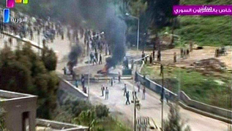 Images d'incidents à Deraa, diffusées par la télévision syrienne (8/4/2011) (AFP / TV syrienne)