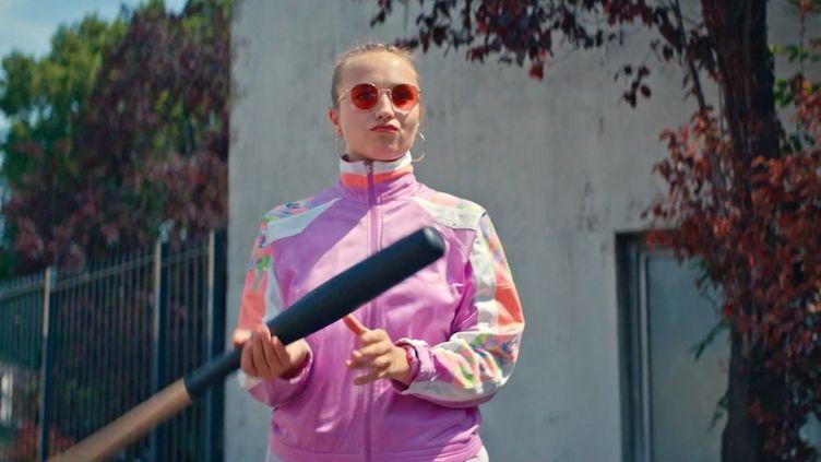 Chloé Jouannet interprète Lola Bouvier, star du patinage artistique déchue qui se lance dans le roller-derby. (FRANCE.TV SLASH)
