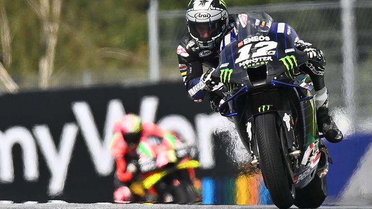 Maverick Vinales (Yamaha) retrouve la pole position à Spielberg, sa première de la saison 2020 (JOE KLAMAR / AFP)