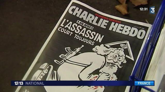 Charlie Hebdo sort un numéro spécial, un an après les attentats