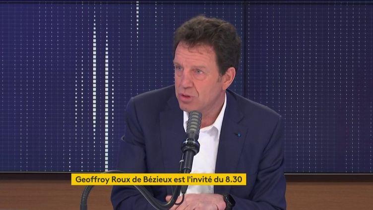 Le président du Medef, Geoffroy Roux de Bézieux, était l'invité de franceinfo le 15 mars 2021. (FRANCEINFO / RADIOFRANCE)