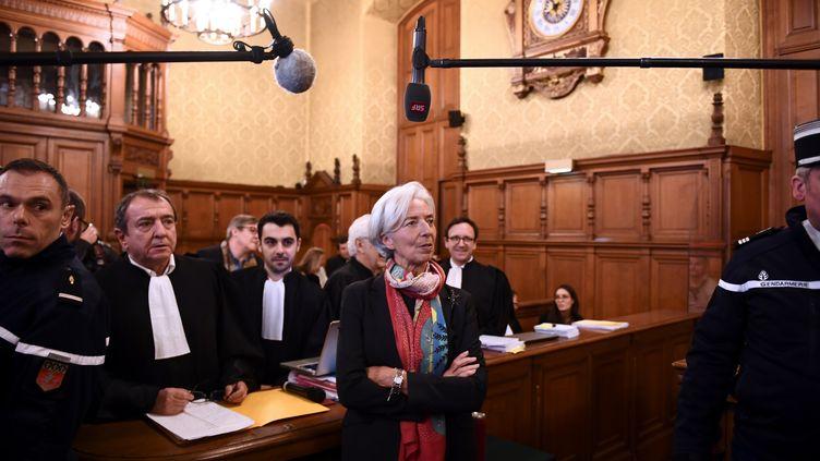 Christine Lagarde, dans une chambre du Palais de justice de Paris, le 12 décembre 2016. (MARTIN BUREAU / AFP)