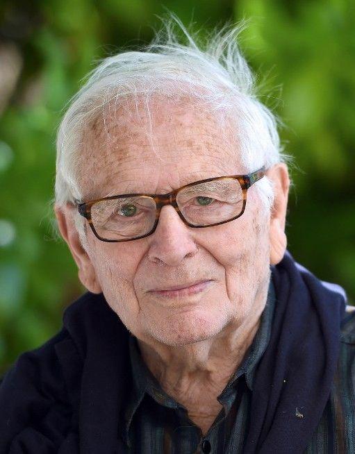 Pierre Cardin, en mai 2014, à Bonnieux  (ANNE-CHRISTINE POUJOULAT / AFP)