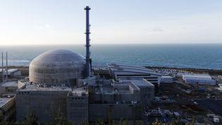 Le réacteur de Flamanville 3 dans la Manche. Le 16 novembre 2019. (CHARLY TRIBALLEAU / AFP)