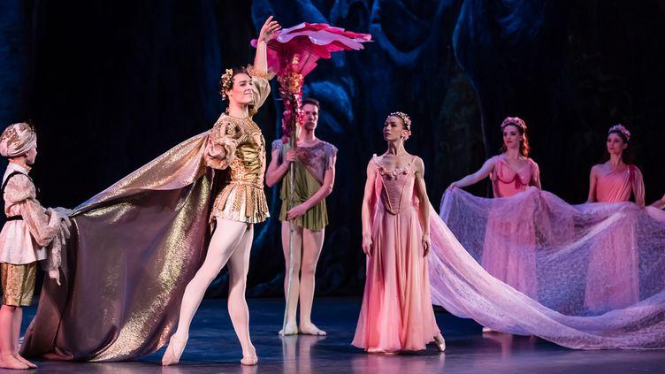 """""""Le Songe d'une nuit d'été"""" de Balanchine  (Agathe Poupeney/Opéra national de Paris)"""