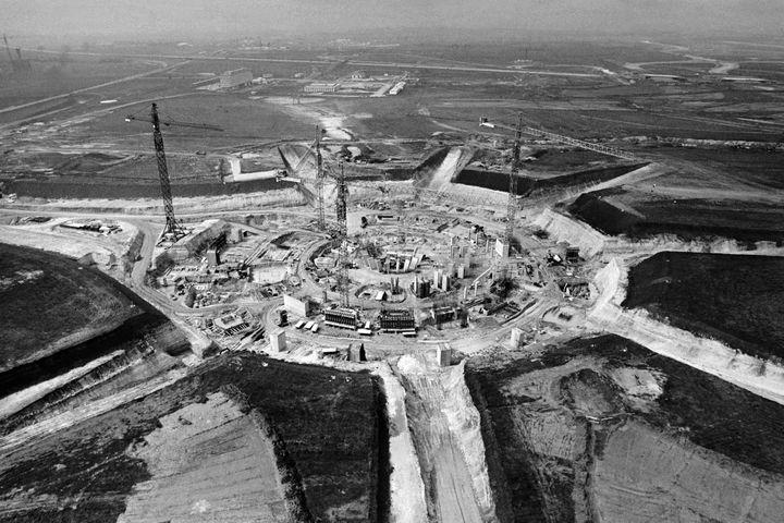 Aéroport de Roissy lors de sa construction  (STRINGER / AFP)