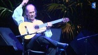 Tout le doigté de Paco de Lucia en ouverture des Internationales la guitare  (Culturebox)