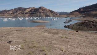 Envoyé spécial. Le lac d'Oroville, l'image de la sécheresse aux Etats-Unis (ENVOYÉ SPÉCIAL  / FRANCE 2)