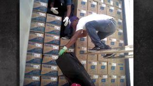 Comment la cocaïne arrive de Colombie dans des conteneurs à destination du Havre (COMPLÉMENT D'ENQUÊTE/FRANCE 2)