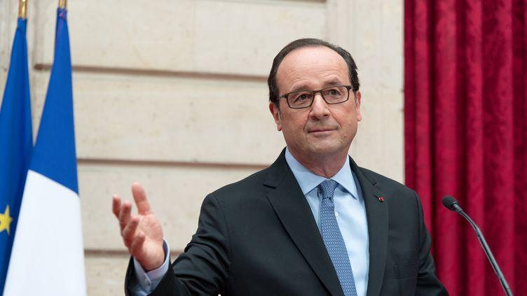 François Hollande au palais de l'Elysée, le 14 novembre 2016. (SERGE TENANI / CITIZENSIDE)