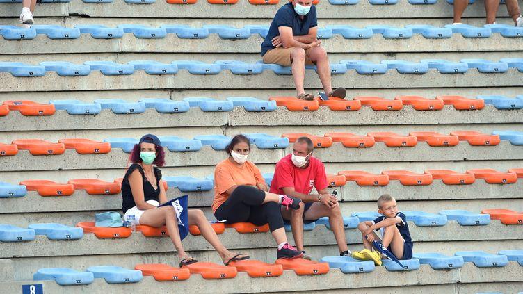 Les spectateurs seront clairsemés dans les stades du Top 14, notamment au stade Armandie d'Agen. (NICOLAS TUCAT / AFP)