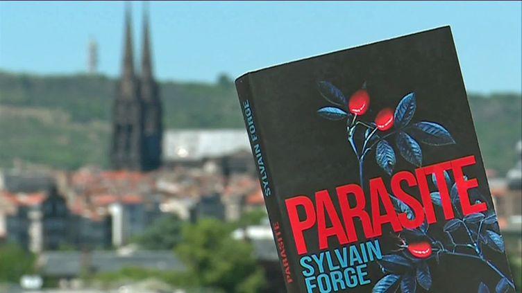 Sylvain Forge a choisi Clermont, sa ville natale, pour l'intrigue de Parasite, son dernier polar. (S. Ben Cherifa / France Télévisions)
