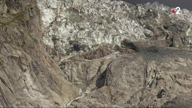 Réchauffement climatique : un glacier du versant italien du Mont-Blanc pourrait s'effondrer