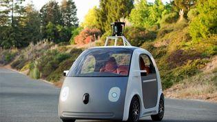 Google a dévoilé, mardi 27 mai 2014, son propre modèle de voiture électrique autonome, sans volant, ni pédales. (GOOGLE)