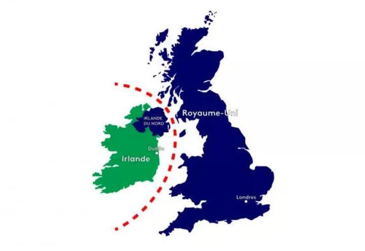 A la suite du Brexit,une frontière a été mise en place en mer d'Irlande pour délimiter les zones douanières européenne et britannique. (FRANCEINFO)
