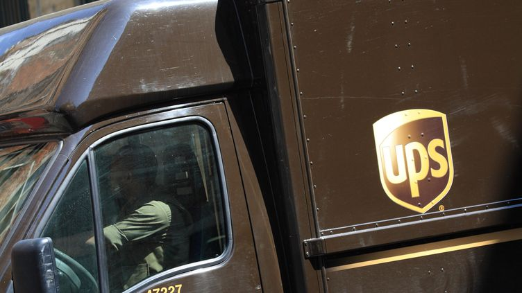 Un fourgon de livraison UPS (illustration). (PHILIPPE TURPIN / MAXPPP)