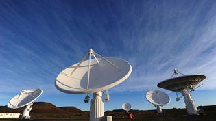 Les infrastructures de communication ne cessent de se moderniser en Afrique. Ici, le télescope radio KAT-7 basé en Afrique du Sud. (ALEXANDER JOE / AFP)