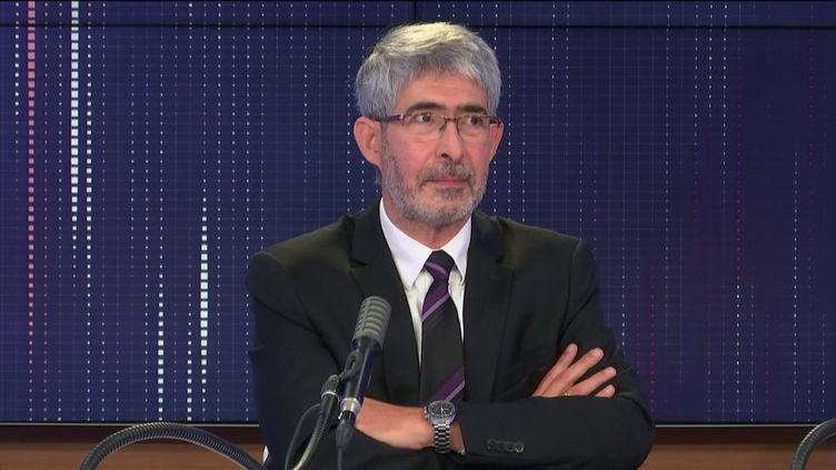 """Gilles Bloch, président-directeur général de l'Inserm, était l'invité du """"8h30 franceinfo"""", lundi 28 septembre 2020. (FRANCEINFO / RADIOFRANCE)"""