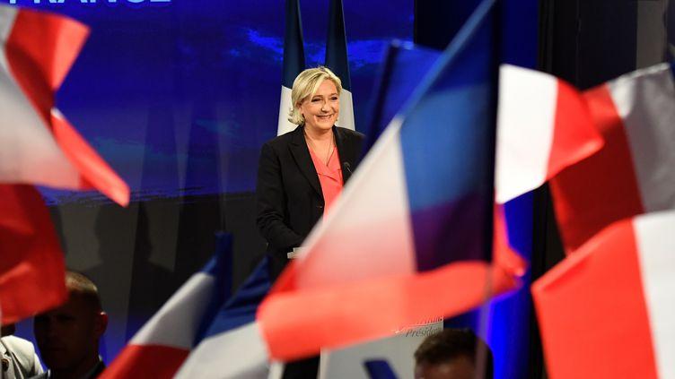 Marine Le Pen lors de son discours après l'annonce des résultats du second tour de l'élection présidentielle, le 7 mai 2017, à Paris. (BERTRAND GUAY / AFP)