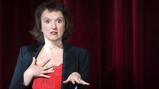 """Anne Roumanoff joue """"Aimons-nous les uns les autres"""" à l'Alhambra.  (Joel Saget / AFP)"""