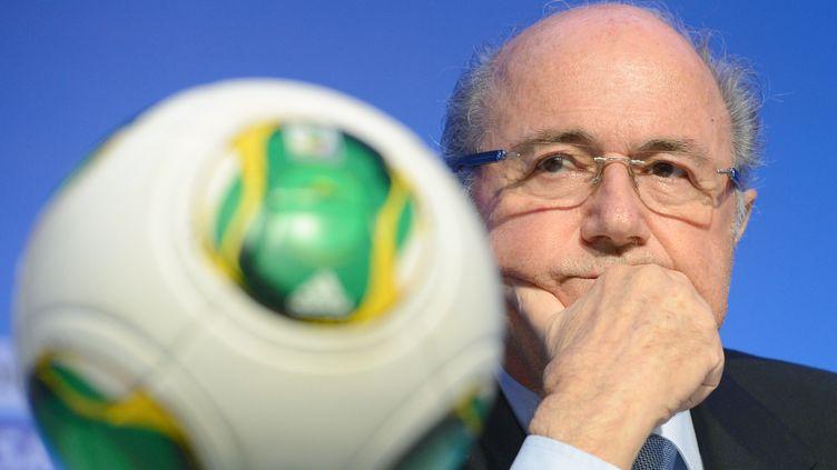 Sepp Blatter, le président démissionnaire de la Fifa, àCosta do Sauipe (Brésil), le 3 décembre 2013. (MARCUS BRANDT / DPA / AFP)