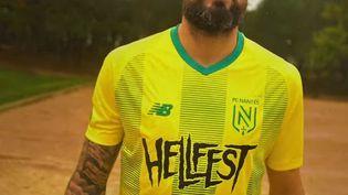 Le maillot des footballeurs du FC Nantes avec leur nouveau sponsor le Hellfest. (CAPTURE D'ÉCRAN YOUTUBE)