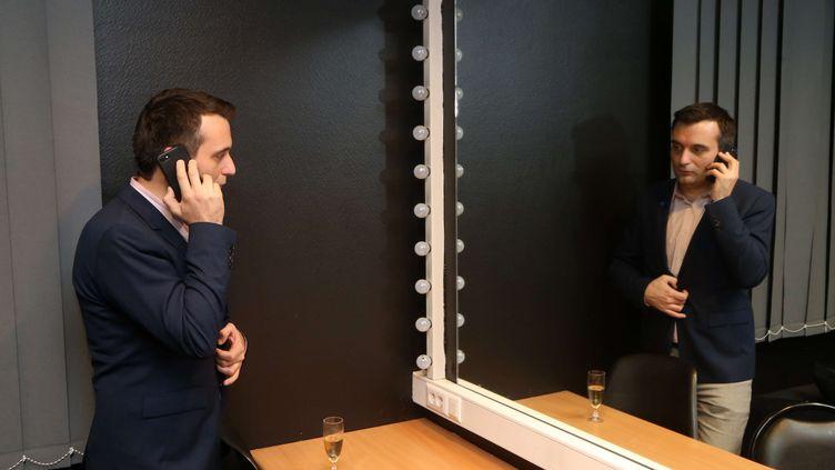 Florian Philippot dans lescoulisses, lors du dernier meeting de la campagne présidentiellede Marine Le Pen, le 27 avril 2017, à Nice. (ALAIN ROBERT / SIPA)