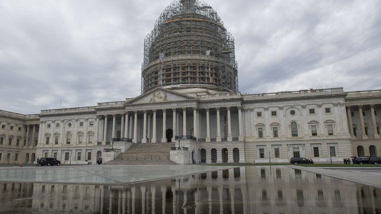 Le Capitole, qui abrite le Congrès américain, à Washington, la capitale fédérale américaine, le 5 décembre 2014. (SAUL LOEB / AFP)