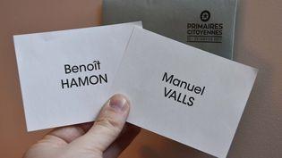 Deux bulletins au choix le dimanche 29 janvier, pour le deuxième tour de la primaire à gauche. (THOMAS BR?GARDIS / MAXPPP)