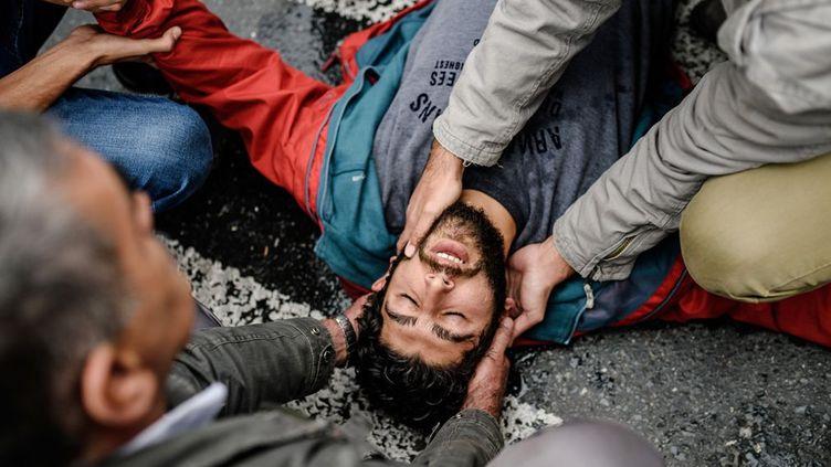 Istambul, un étudiant blessé par la policie turque anti-émeutes.