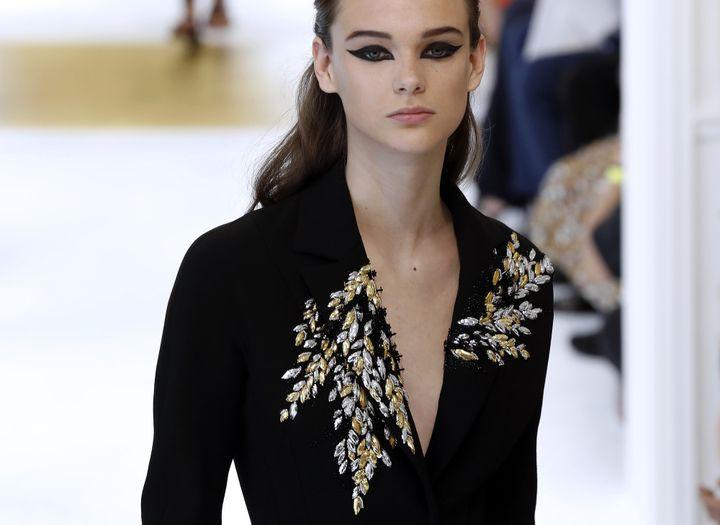 Dior hc ah 2016-17, à Paris.  (FRANCOIS GUILLOT / AFP)