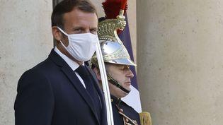 Le président de la République, Emmanuel Macron, à l'Elysée le 21 septembre 2020. (LUDOVIC MARIN / AFP)