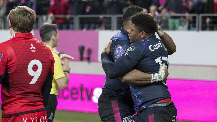 Jonathan Danty (Stade Français) félicité (DENIS TRASFI / MAXPPP)