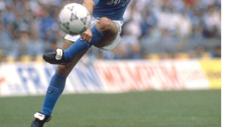Diego Maradona sous le maillot du Napoli (AGF/SIPA / AGF)